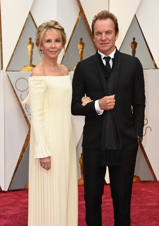 . Trudie Styler, left, and Sting arrive at the Oscars on Sunday, Feb. 26, 2017, at the Dolby Theatre in Los Angeles. (Photo by Jordan Strauss/Invision/AP)