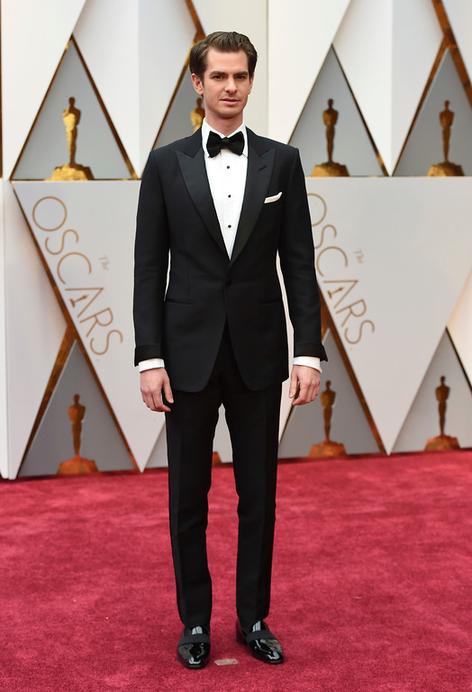 . Andrew Garfield arrives at the Oscars on Sunday, Feb. 26, 2017, at the Dolby Theatre in Los Angeles. (Photo by Jordan Strauss/Invision/AP)