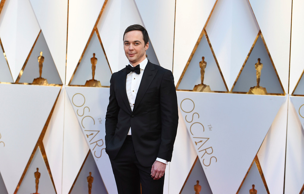 . Jim Parsons arrives at the Oscars on Sunday, Feb. 26, 2017, at the Dolby Theatre in Los Angeles. (Photo by Jordan Strauss/Invision/AP)