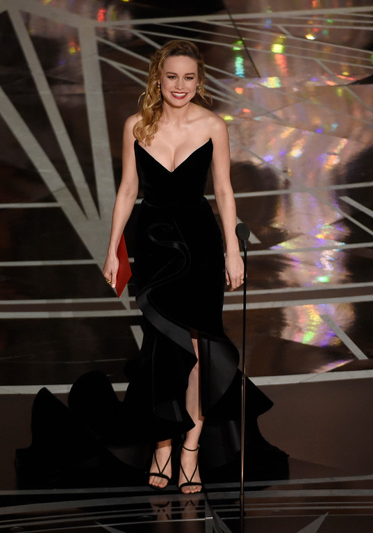 . Brie Larson presents the award for best actor in a leading role at the Oscars on Sunday, Feb. 26, 2017, at the Dolby Theatre in Los Angeles. (Photo by Chris Pizzello/Invision/AP)