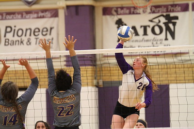 9-21-17 Custer at BF v'ball