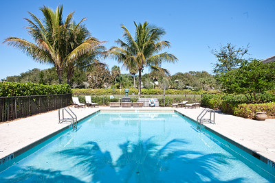 Bermuda Bay Clubhouse and Pool_-4