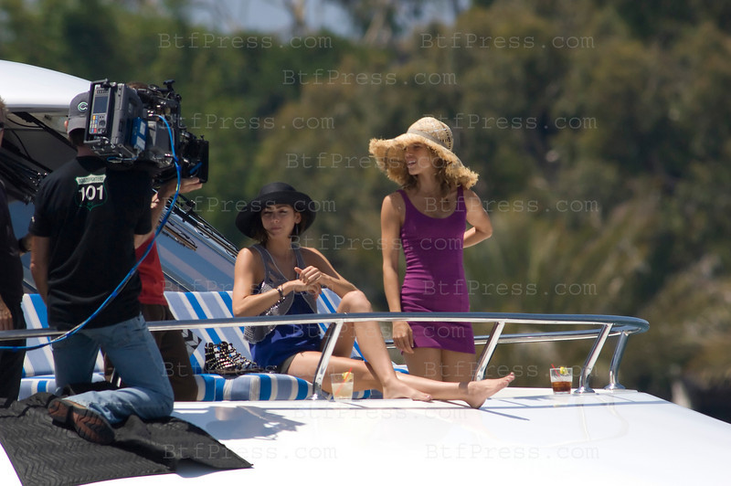 Los Angeles, California The cast of 90210 film an episode on a yacht. Jessica Lowndes as Tate-Ducan (R) and AnnaLynne McCord as Naomi clark (R)-Photo by Michel Boutefeu