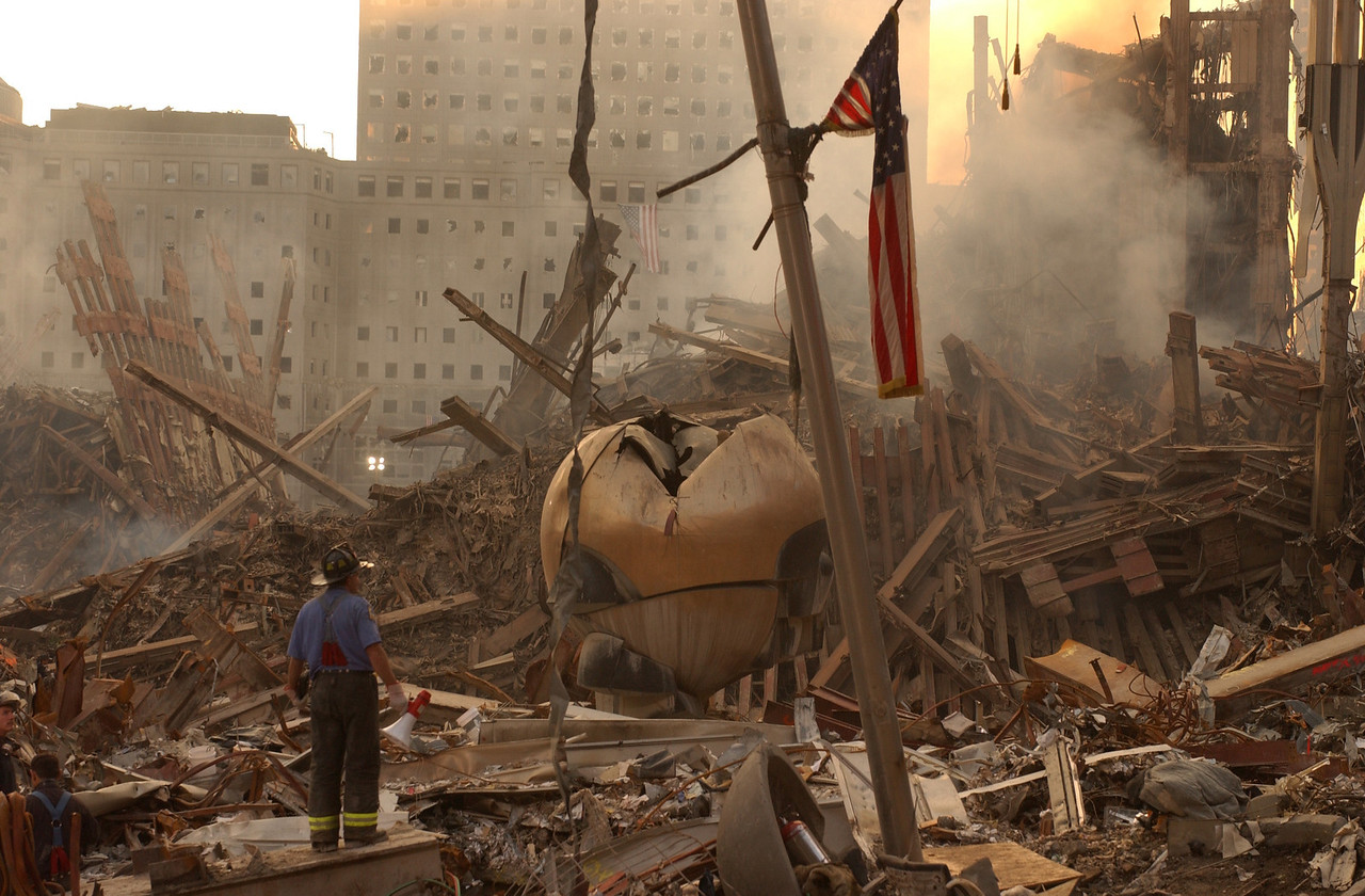 World Trade Center, New York 9-17-2001 <br /> Andrea Booher/FEMA