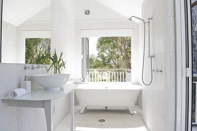 Estuary Suite Bathroom