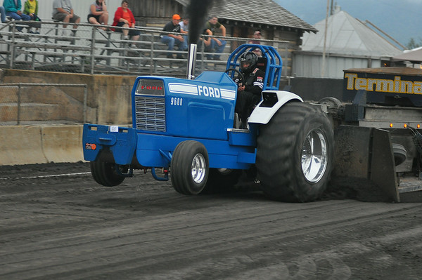 "97th Annual Shenandoah County Fair  ""TRUCK & TRACTOR PULL:"" 8-23-14"