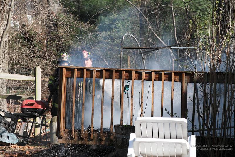98Fire-20100324-Deck-Fire-15