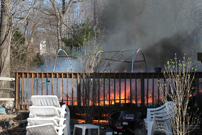 98Fire-20100324-Deck-Fire-3