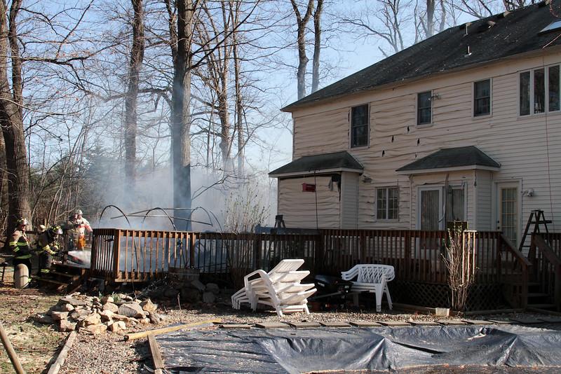 98Fire-20100324-Deck-Fire-19