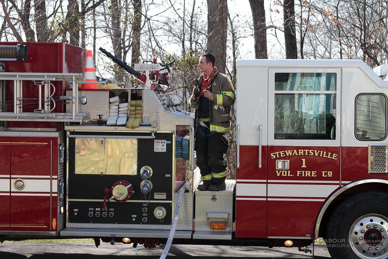 98Fire-20100324-Deck-Fire-13