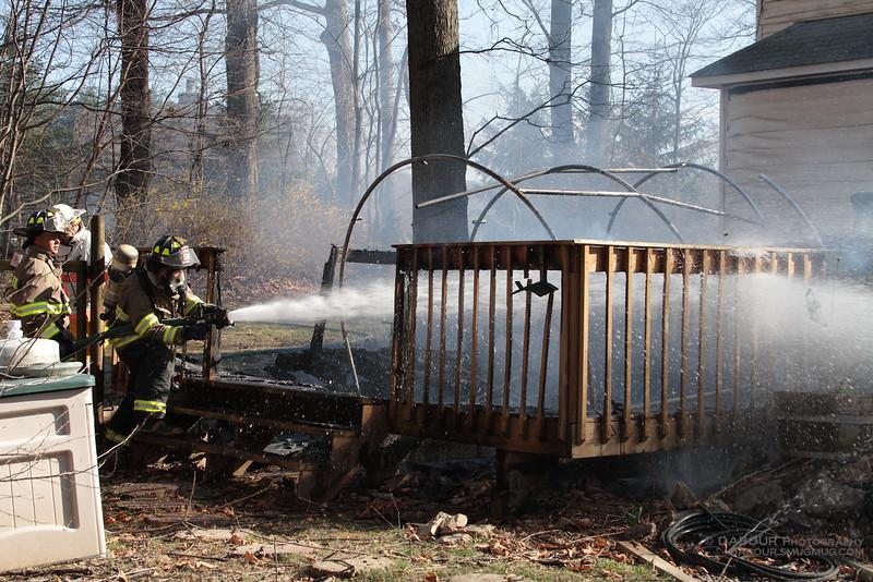 98Fire-20100324-Deck-Fire-23