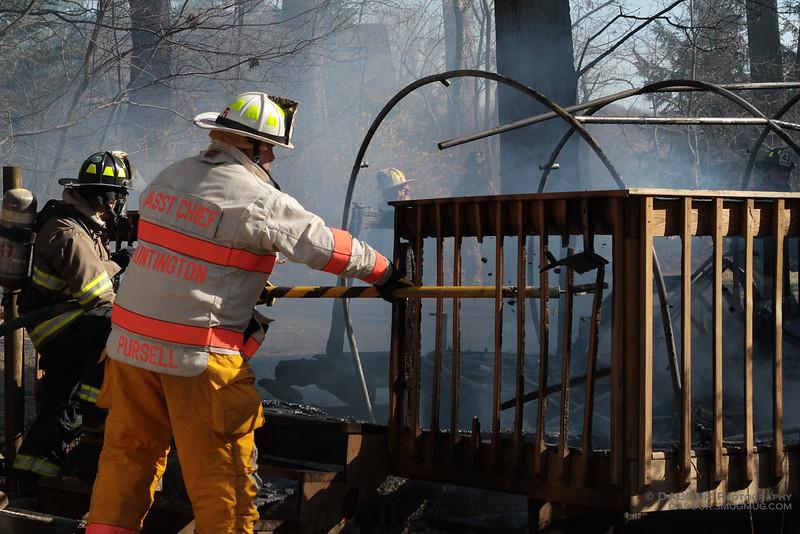 98Fire-20100324-Deck-Fire-24