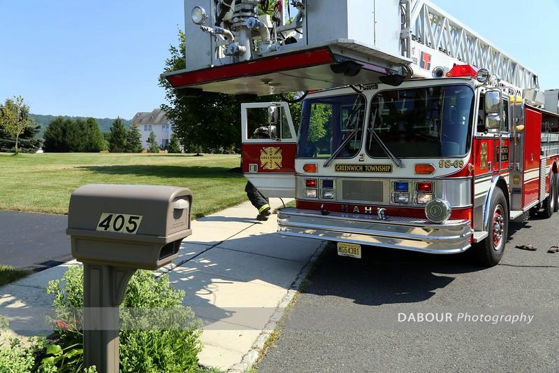 20130717-FireAlarmBradfordLn