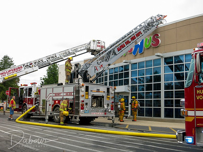 Toys R Us Fire in Pohatcong NJ