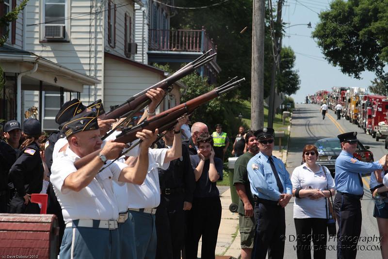Memorial Day Parade 2010-2311