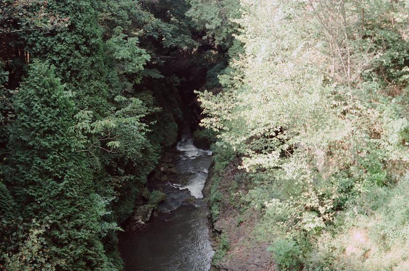 09-92 Clifton Gorge John Bryan 29