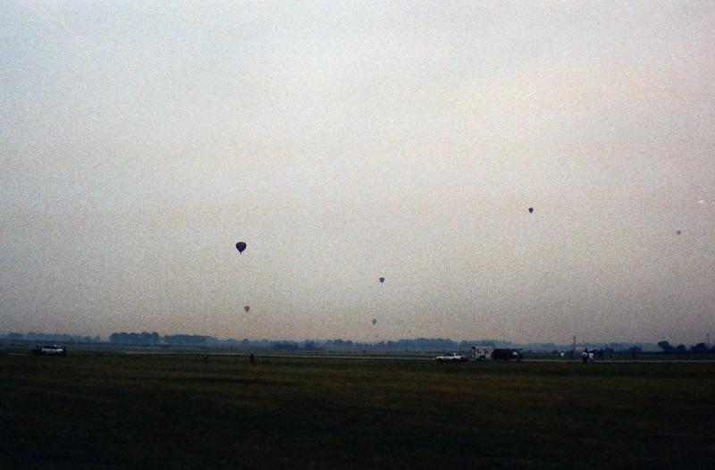 08-22-92 Dayton 02 hot air balloons