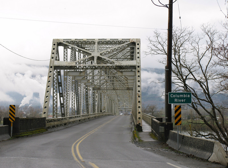 Bridge over the Gray River, discovered in 1792 by sea Captain Gray.