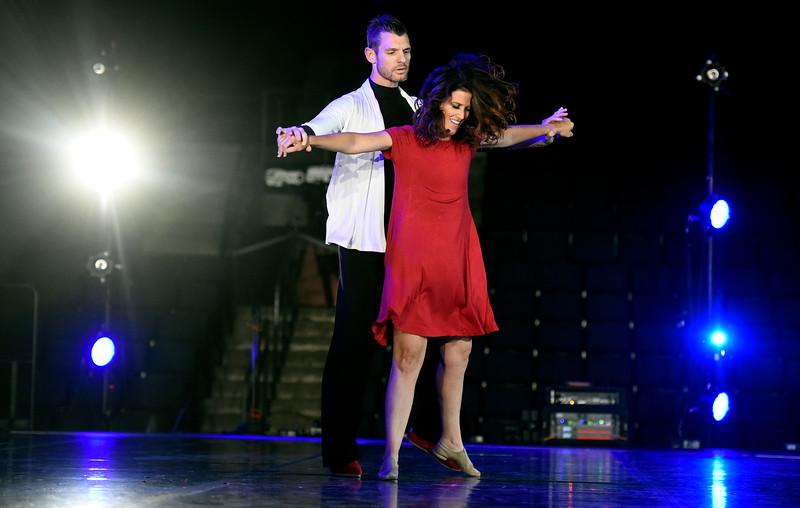 DancingStars_JP25354