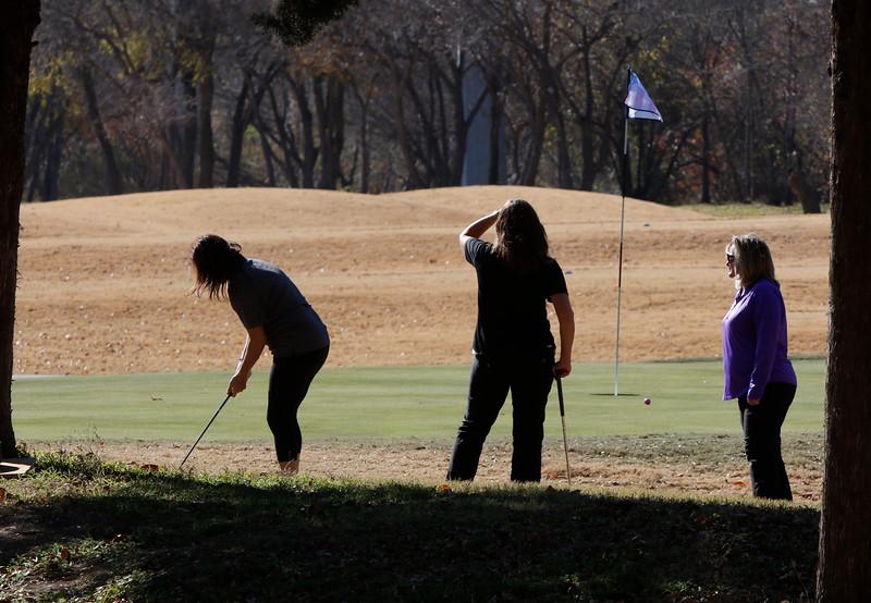 Golf200