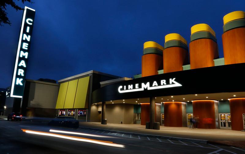 Cinemark44