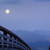 SRV1406_5074_Moonset_Bridge