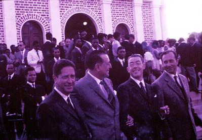 1962, Dundo