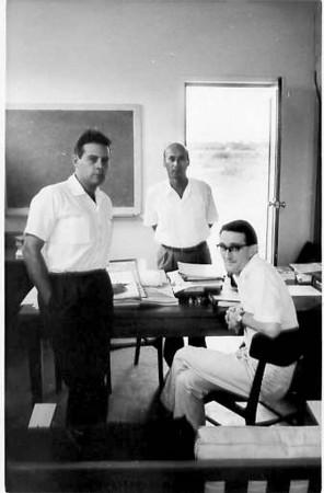 Augusto Simões, Manuel Valente e um Técnico da Shorts (fábrica do Skyvan)