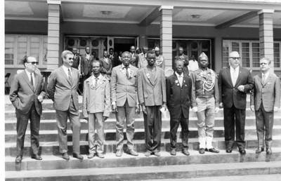 Casa Pessoal Andrada - 1971 - condecoração de alguns trabalhadores Abilio Conde, Pinho Barros, ?????, Rosendo, Julio Lima