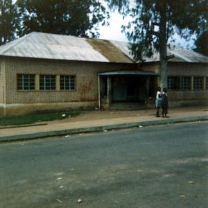 Escola primaria Dundo Pos-independencia