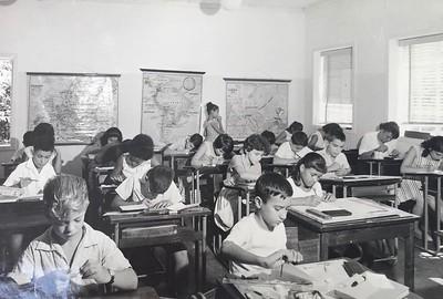 Liceu Dundo - prof. Maria Adelaide Santos