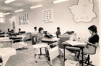 Dundo - 1973 Mecanografia  Clara Barbosa, Elisa Pereira Santos e...