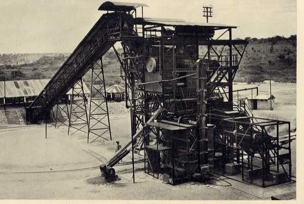 Mina da Furi, lavaria de pans de 10 pés de diâmetro.