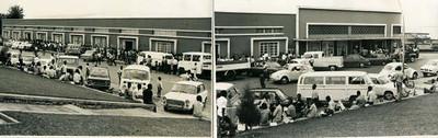 Os escritórios e as lojas da DAR, em 1975.À esquerda, a fila para o tabaco, quando começou a escassear. À direita a Loja dos tecidos onde era caixeiro o Nicolau Costa.