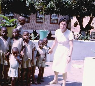 Dundo pediatria Out 1967