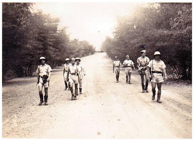 Milicia em patrulha,  Constantino Jose'...