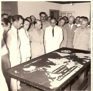 7 de Junho de 1954 Este mapa, todo em diamantes, foi feito de propósito, para o Presidente Craveiro Lopes