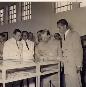 Presidente Craveiro Lopes visita Museu Dundo