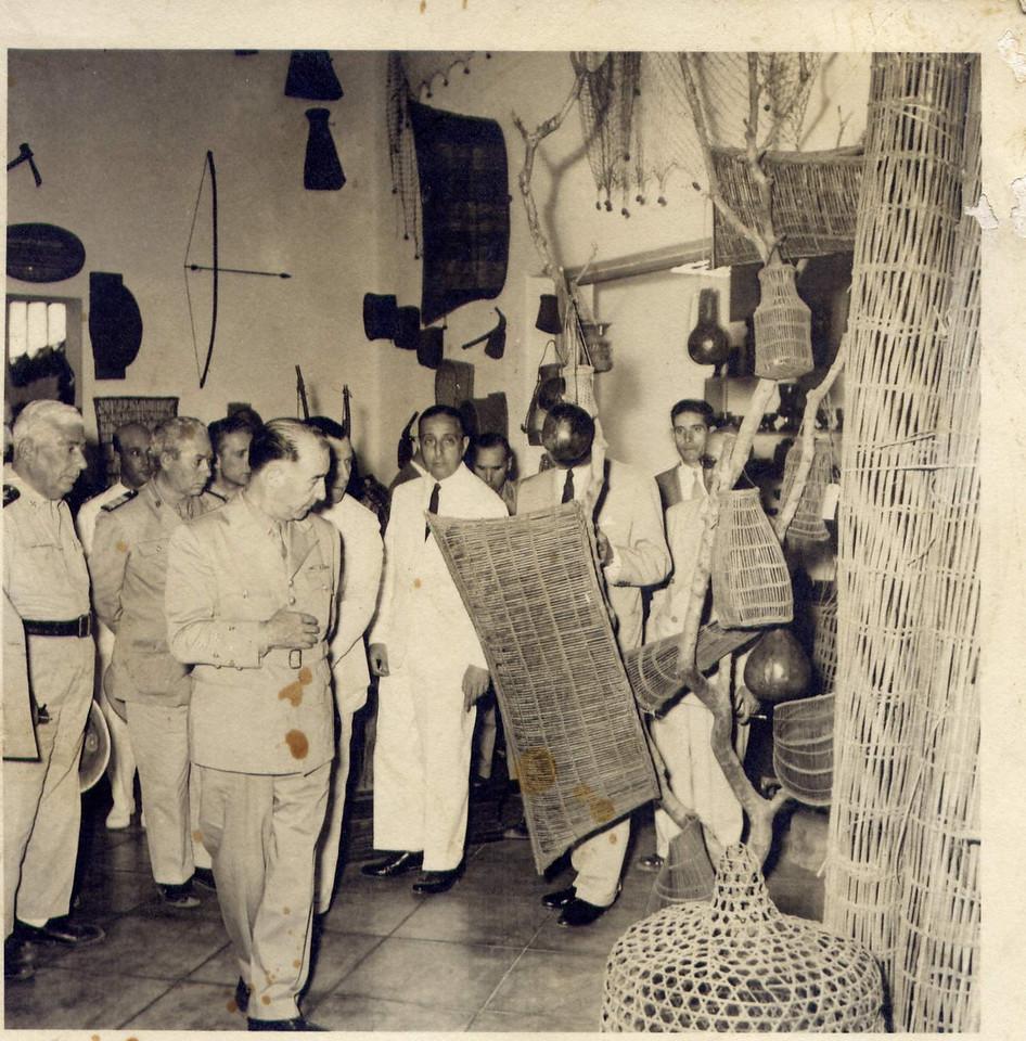 Presidente Craveiro Lopes - Rui Sá Carneiro  Museu Dundo