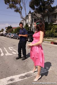 03 15 09  Flake's One Year Anniversary  512 Rose Ave   Venice, Ca www veniceflake com  31 0396 2333 (1)