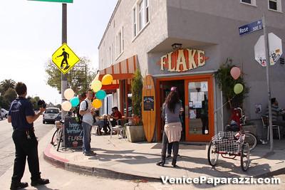 03 15 09  Flake's One Year Anniversary  512 Rose Ave   Venice, Ca www veniceflake com  31 0396 2333