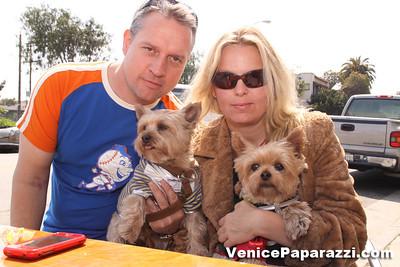03 15 09  Flake's One Year Anniversary  512 Rose Ave   Venice, Ca www veniceflake com  31 0396 2333 (13)