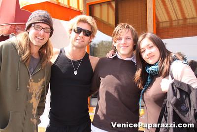 03 15 09  Flake's One Year Anniversary  512 Rose Ave   Venice, Ca www veniceflake com  31 0396 2333 (23)