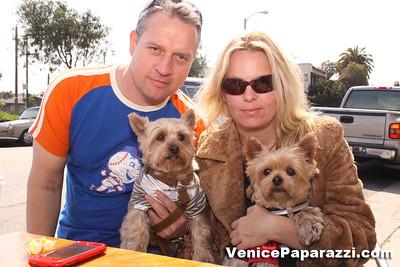 03 15 09  Flake's One Year Anniversary  512 Rose Ave   Venice, Ca www veniceflake com  31 0396 2333 (12)