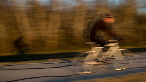 2016 Cyclist and shadow 0355-1
