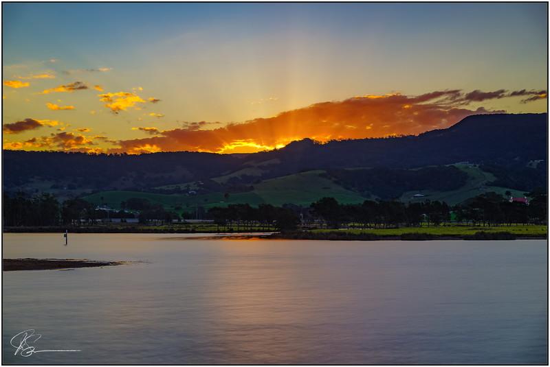 Winters Sunset over Werri Lagoon...