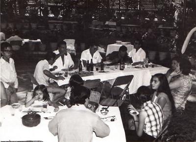 70-Andrada- Almoço de amigos na Estufa Álvaro, Almeida Moreira, Afonso Veiga, Américo, Tomás, Fernando Figueiredo, Narciso