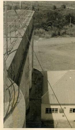 Estes Silos eram em Andrada e faziam parte da Fábrica de Descasque de arroz,, 1974/75