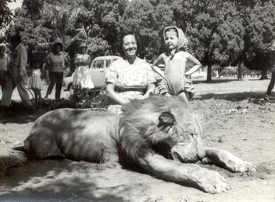 Abril 1960, Joana Garrido e filha Ana Maria