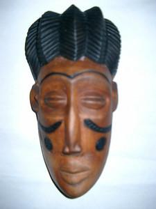 Estatueta de, Muana Puo